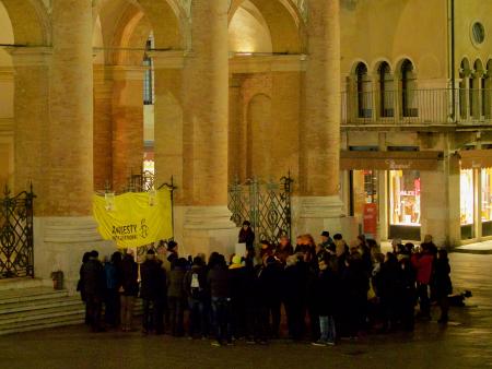 4c9a3a2c56 Giulio Regeni ricordato il 25 gennaio in mille piazze italiane e a Vicenza  Piazza dei Signori era piena di… assenze, soprattutto dei giovani
