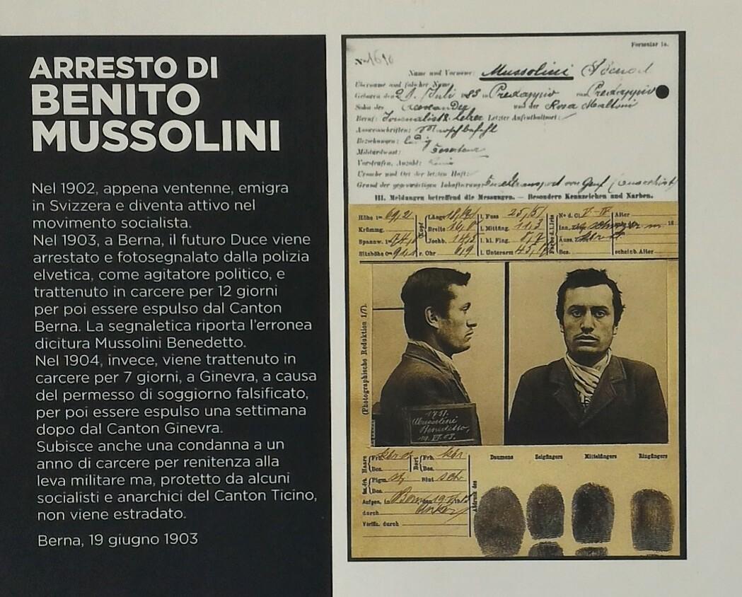 Documenti arresto di Benito Mussolini: falsificato permesso di soggiorno