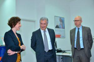 Blerina Bardhi, all'epoca n. 2 di Veneto Banka sh.a.,col Presidente Flavio Trinca e col dg Lucio Gaita (poi divenuto dg di Eximbank a Moldova)