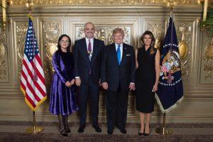 Da sx la signora Linda col marito, il premier Edi Rama, il pres. Usa Donald Trump e la signora Melanie