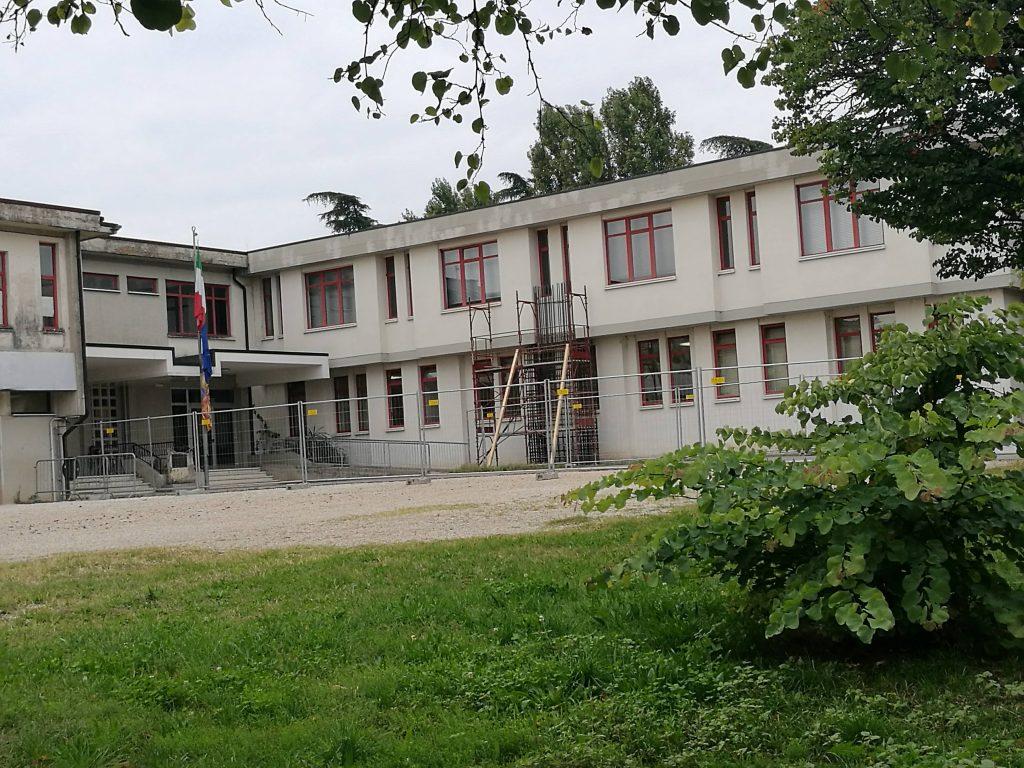 """Miglioramento sismico e nuovi infissi: scuola primaria di Montebello Vicentino più sicura e più """"green"""" - Vicenza Più"""